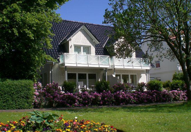 in Wangerooge (Nordseebad) - Parkoase 1, exklusive Wohnung mit Terrasse