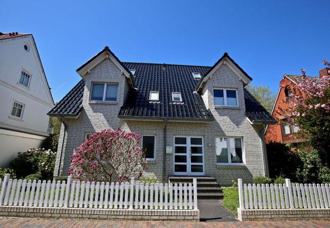 Ferienwohnung in Wangerooge (Nordseebad) - Parkoase 2, exklusive Wohnung mit Terrasse