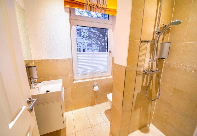 Ferienwohnung in Wangerooge (Nordseebad) - Schwedenhus 1, exklusive Wohnung für 12 Personen