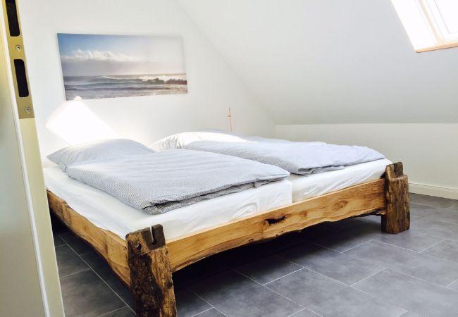 Ferienwohnung in Hüde - Storchennest, exklusive Wohnung mit Balkon